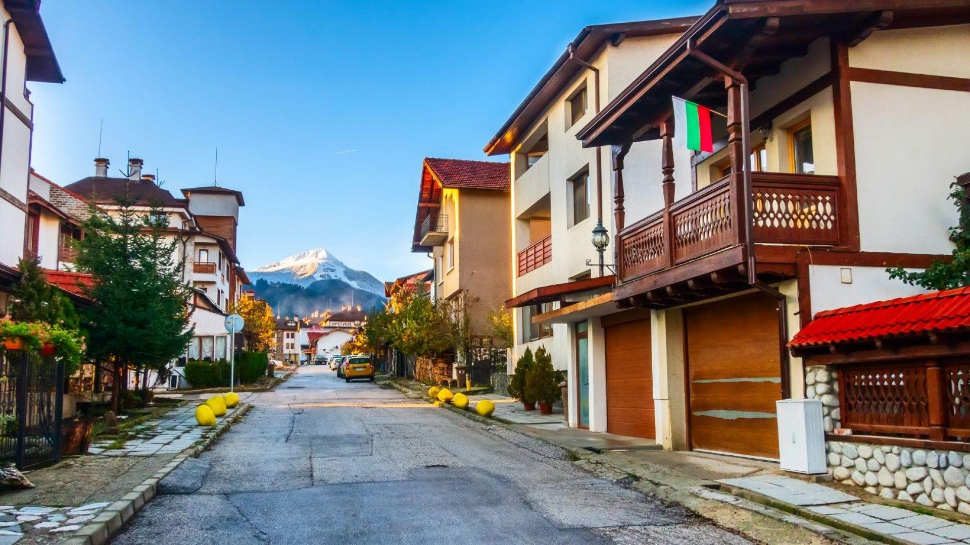Отлив на резервации в Банско: Хотелиери и местна власт търсят решение на проблема