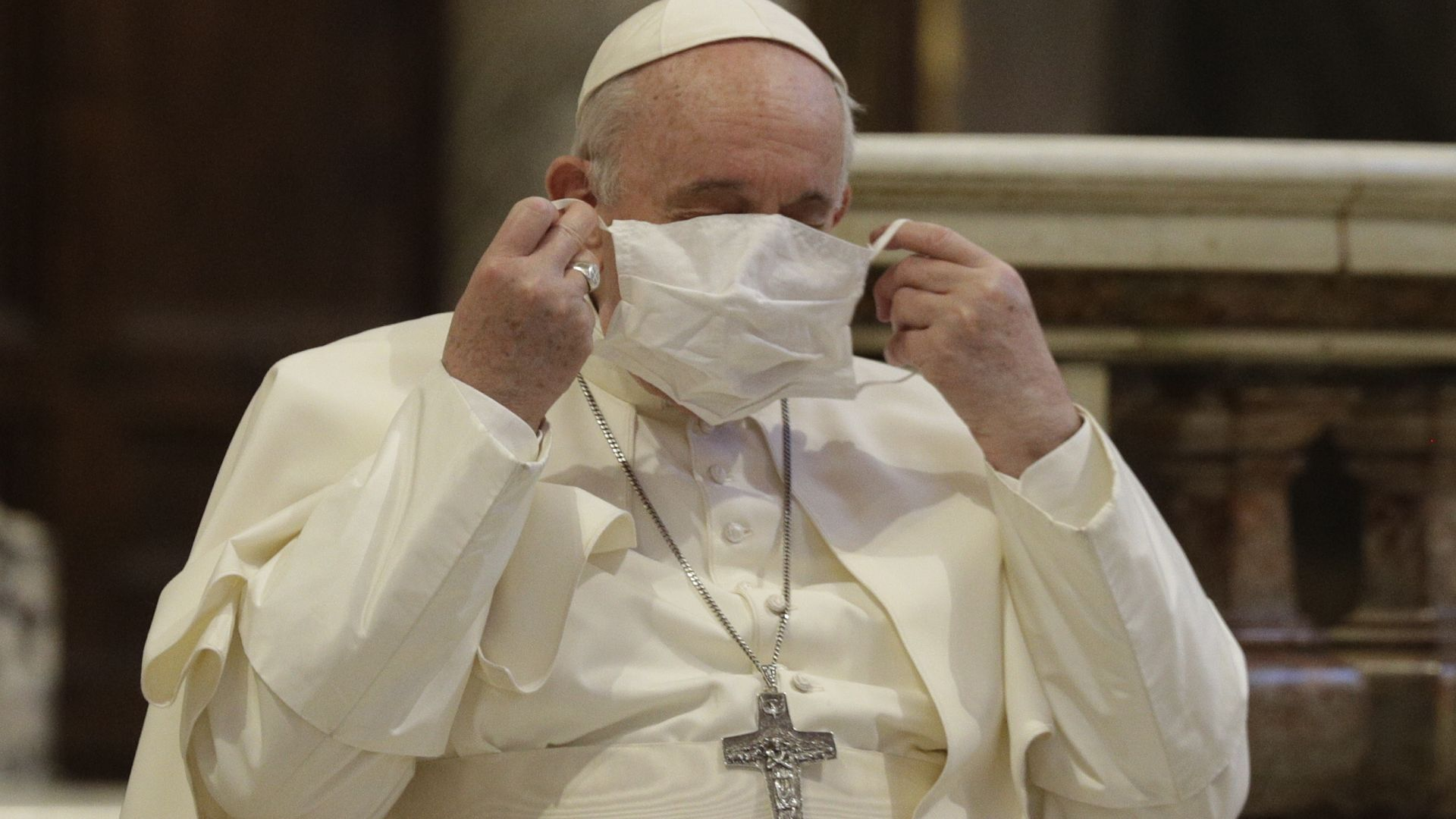 Папата се ваксинира срещу Covid-19