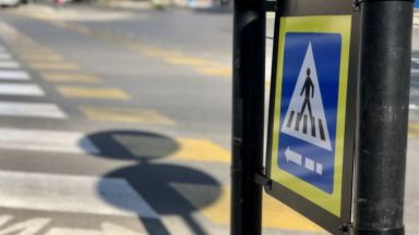 Монтират интелигентни пешеходни пътеки за незрящи във Варна