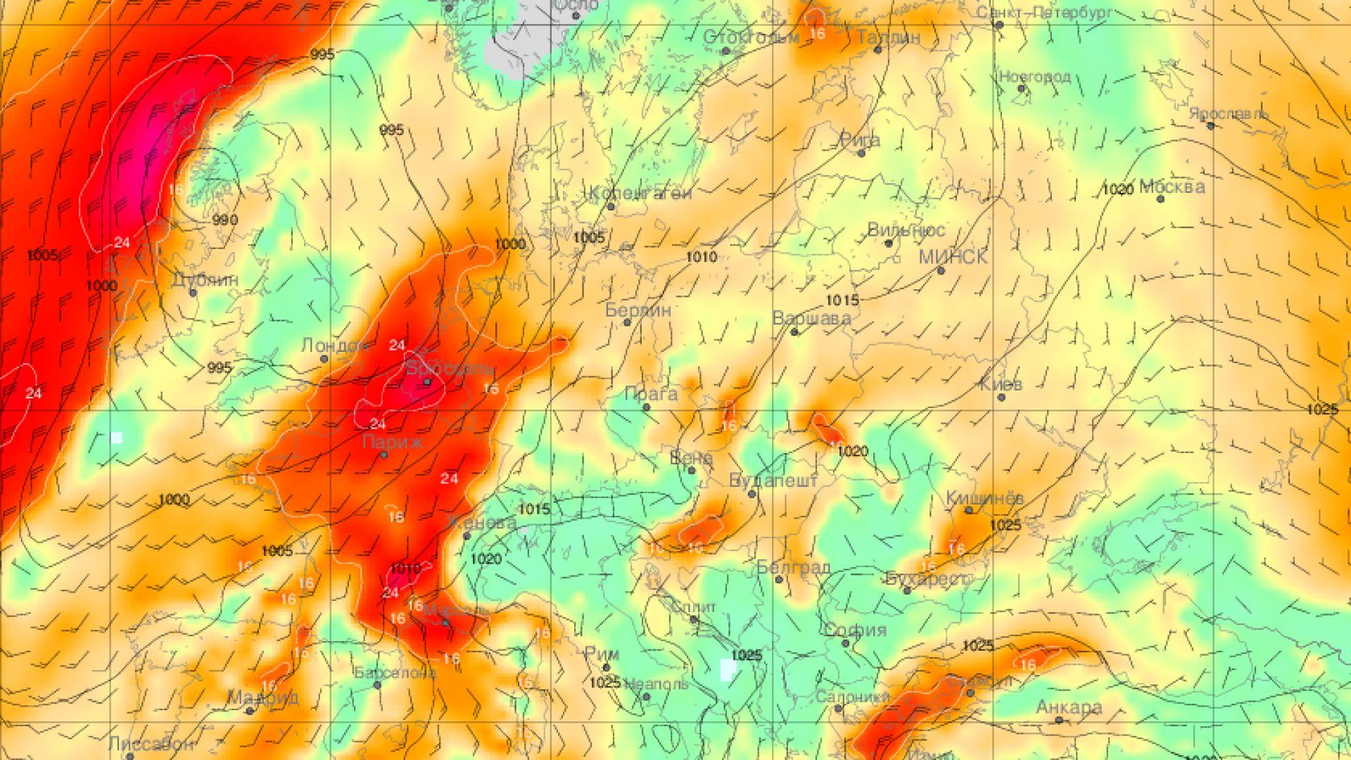 Циклонът Барбара заплашва Франция, носи ураганни ветрове в Алпите