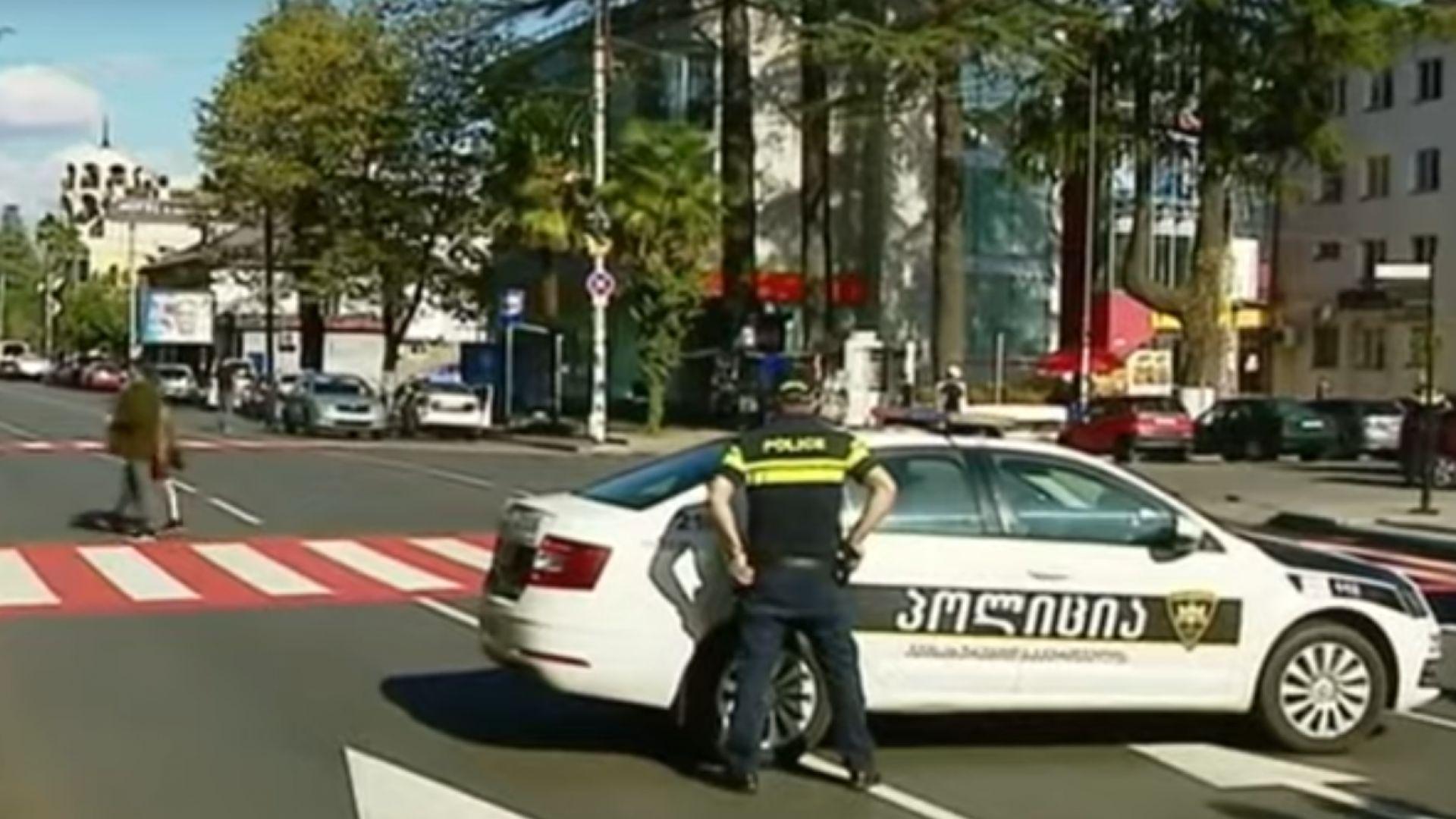 Заложническа криза в банка в Грузия (видео)