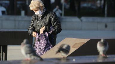 Адвокат: Носенето на маски на открито трябва да мине през Държавен вестник