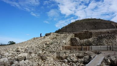 Солницата край Провадия: Възстановиха част от най-старата каменна отбранителна стена в Европа