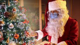 Дядо Коледа успокои децата, че Коледа не се отменя