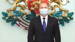 Президентът си направи нов тест заради естонската сага - отрицателен е