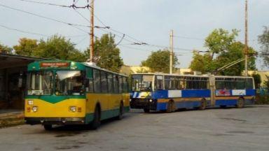 """""""Контрольорка"""" заплаши с пистолет бременна в тролей във Враца"""