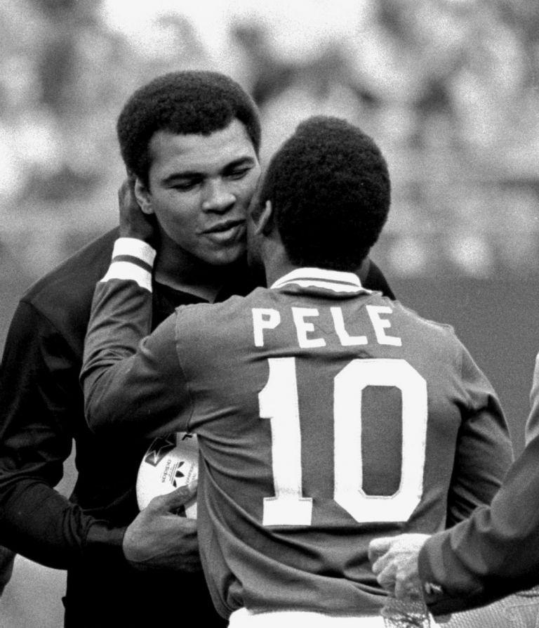 1977 г., Пеле с друг великан на спорта - Мохамед Али.