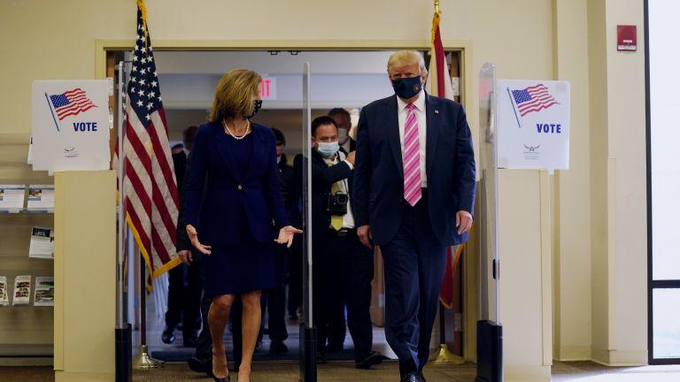 Президентът Доналд Тръмп гласува предсрочно в събота на изборите в