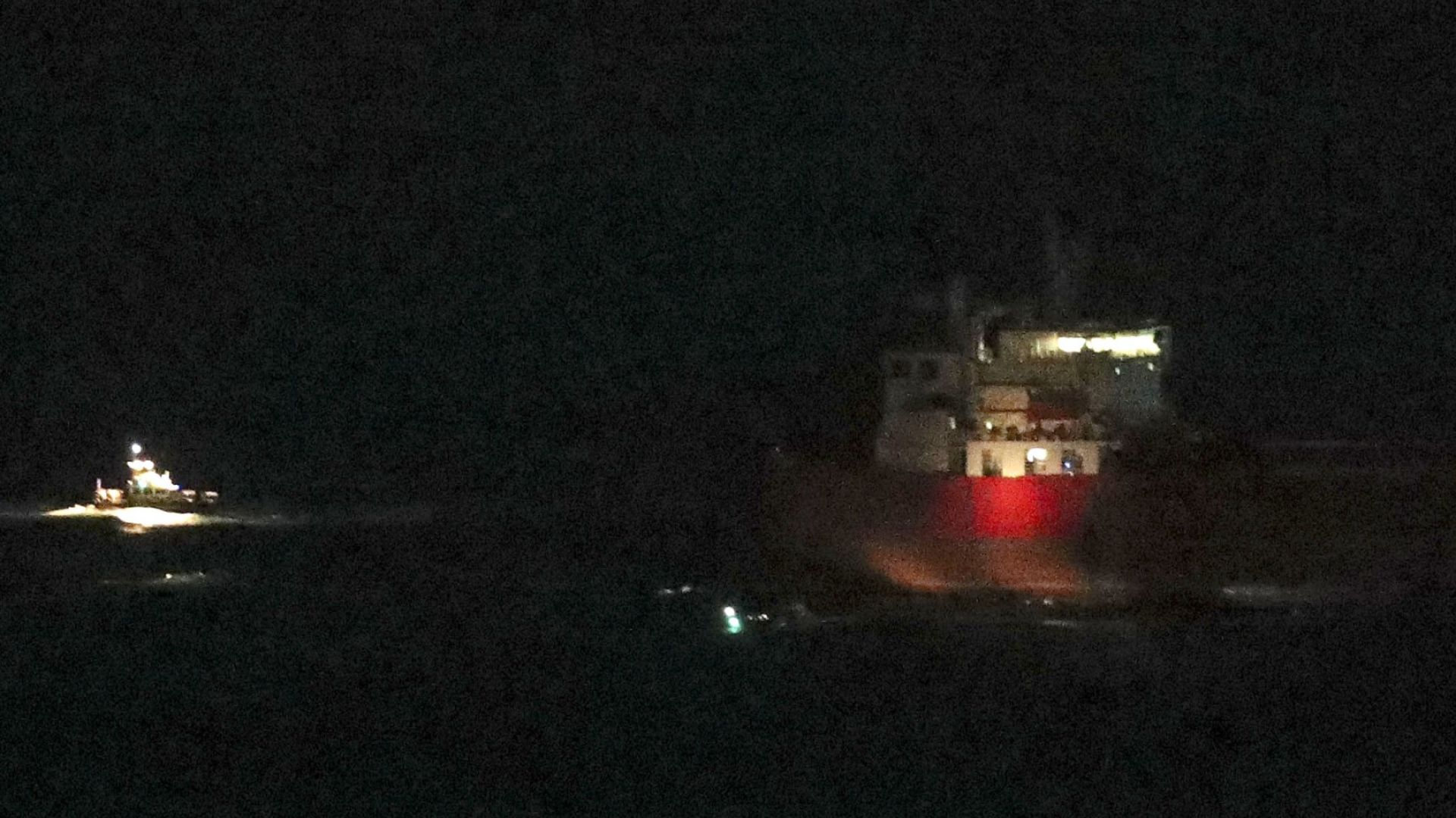 """Британски специални части се качиха на борда на петролния танкер """"Nave Andromeda"""" в Ламанша"""