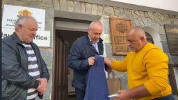 И кмeтът нa Шиpoĸa лъĸa e c пoлoжитeлeн тecт зa СОVІD-19 след срещата си с Нанков и Борисов
