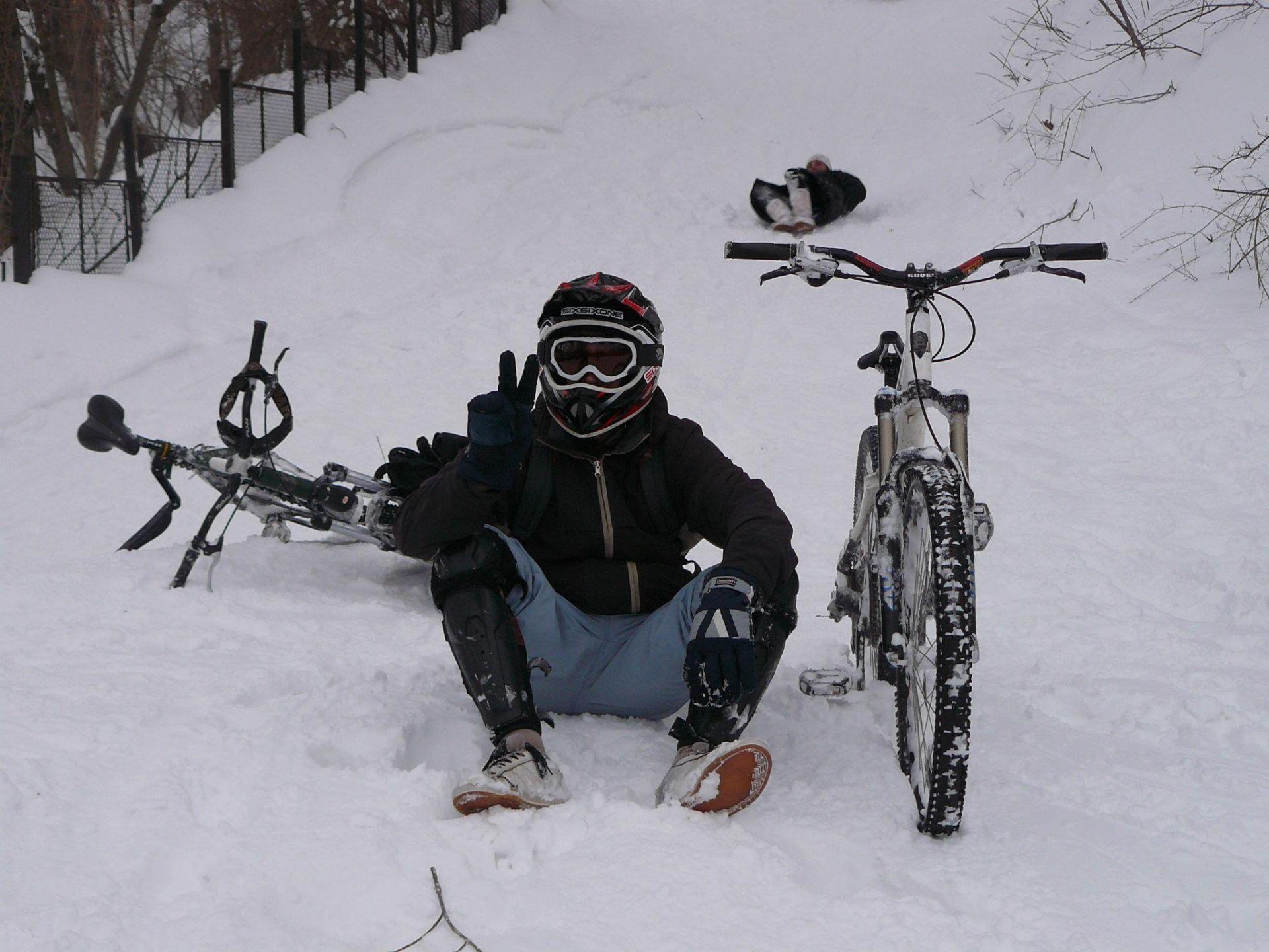 Ясен Димитров и с любимото колело Снимка: Личен архив