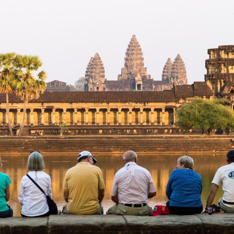 Камбоджа отваря границите си за туристи