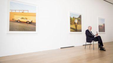 """""""Бащата"""" на цветната фотография Уилям Егълстън открива Америка на 70-те години"""