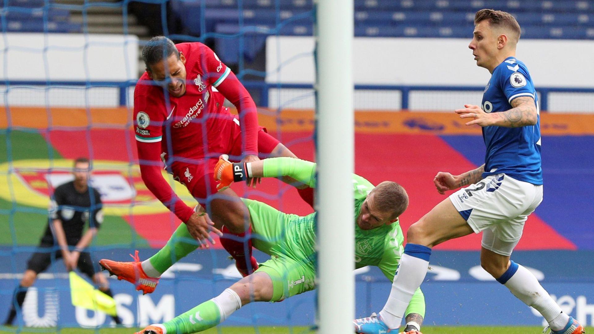 Ливърпул получи много добри новини за състоянието на Ван Дайк