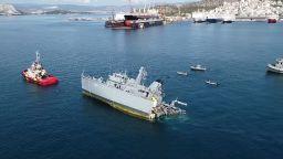 Арестуваха капитана на товарния кораб, почти разцепил гръцкия миночистач след удара (видео)
