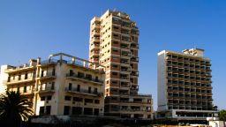 Градът призрак Вароша в Северен Кипър ще бъде съживен и отворен за целия свят
