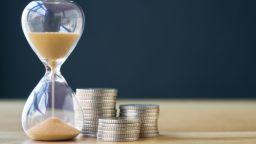 КЗП: Има условия, при които могат да се отсрочват плащания по кредити