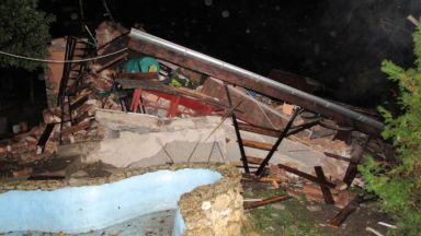 Взрив разруши 3-етажна къща в Русе, собственикът оцеля по чудо