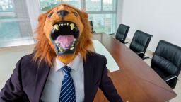 Кой се крие зад маската на бъдещия ви работодател?