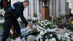 Трети човек е под стража във връзка с нападението във френския град Ница