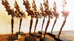 """Награди """"Икар"""" 2020: режисура - Стайко Мурджев за """"Слава"""", най-добър спектакъл - """"Празникът"""" на Явор Гърдев"""