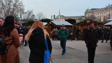 Прочутите коледни базари във Виена - жертва на коронакризата