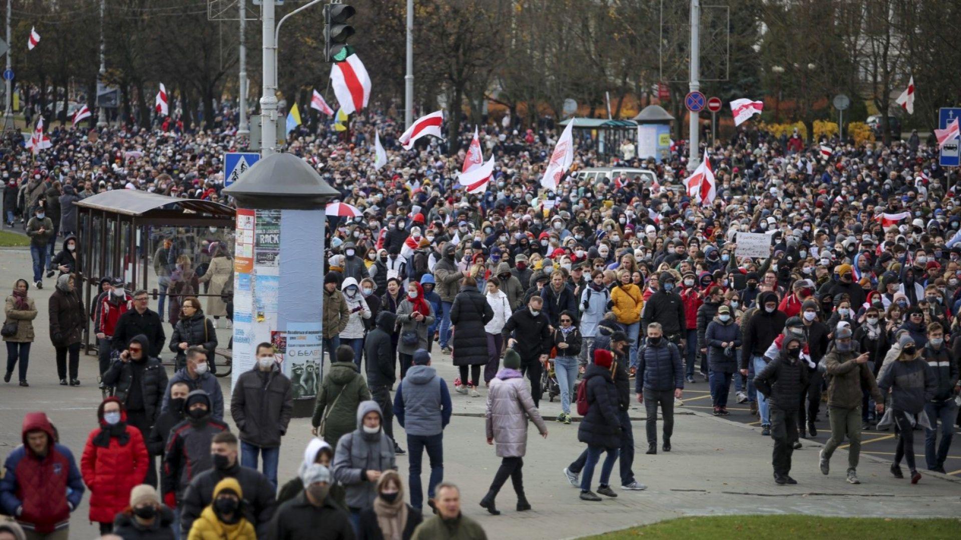 Десетки хиляди протестираха в столицата на Беларус
