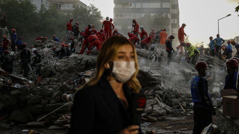 Броят на жертвите от земетресението в Егейско море в петък,