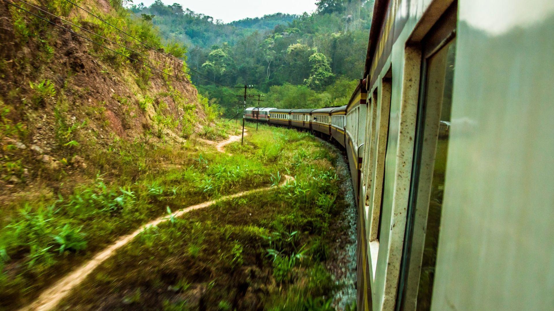 Влакът от Банкок до Чанг Май