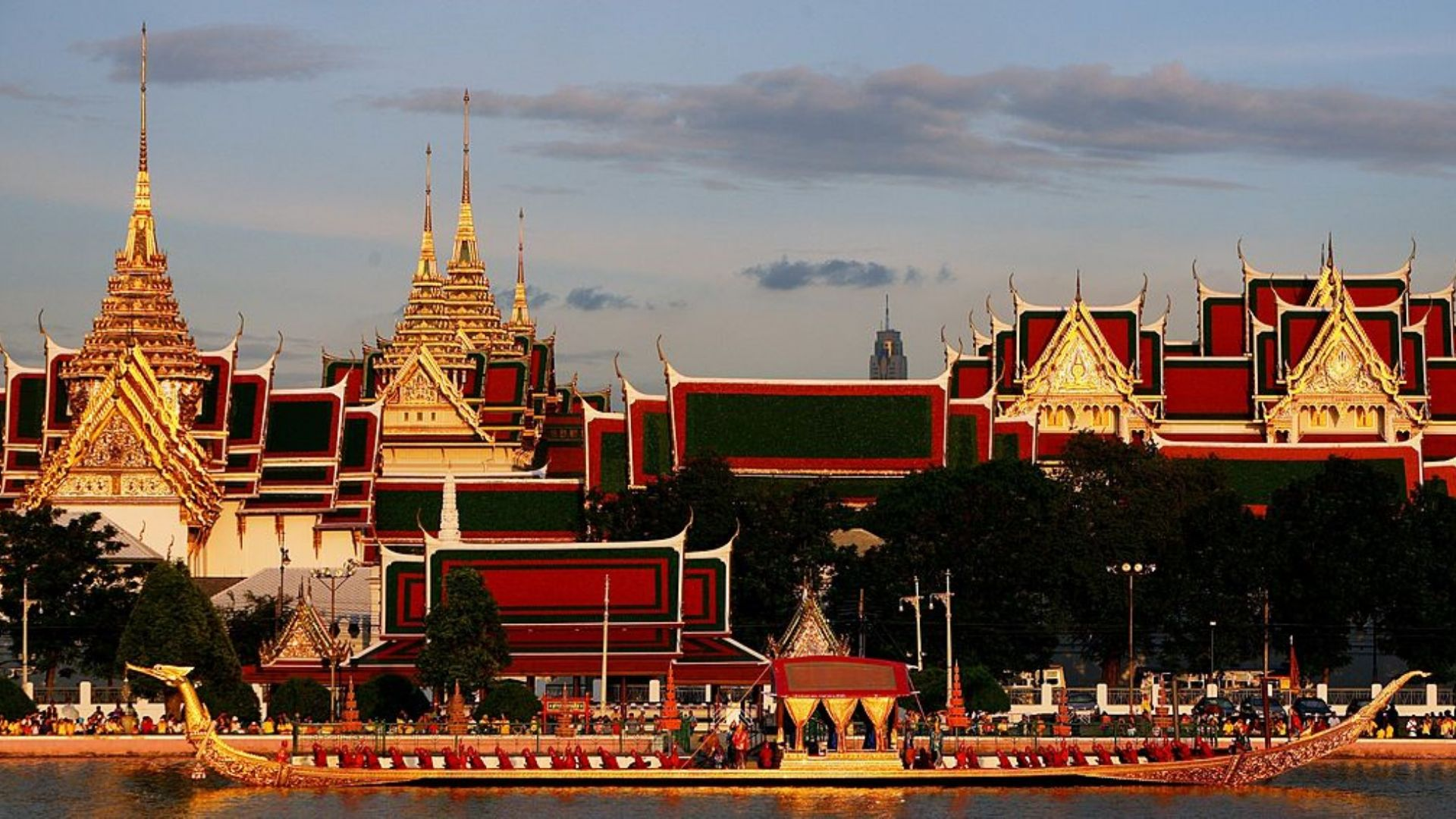 Големия дворец