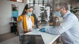 Всеки трети се бои от коронавирус на работното си място