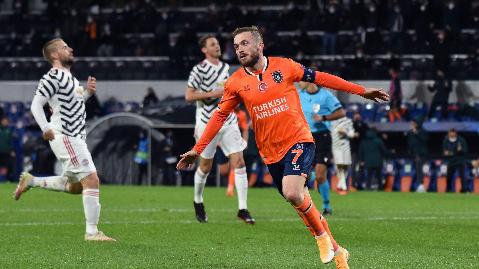 Манчестър Юнайтед се сгромоляса срещу турски дебютант в Шампионската лига