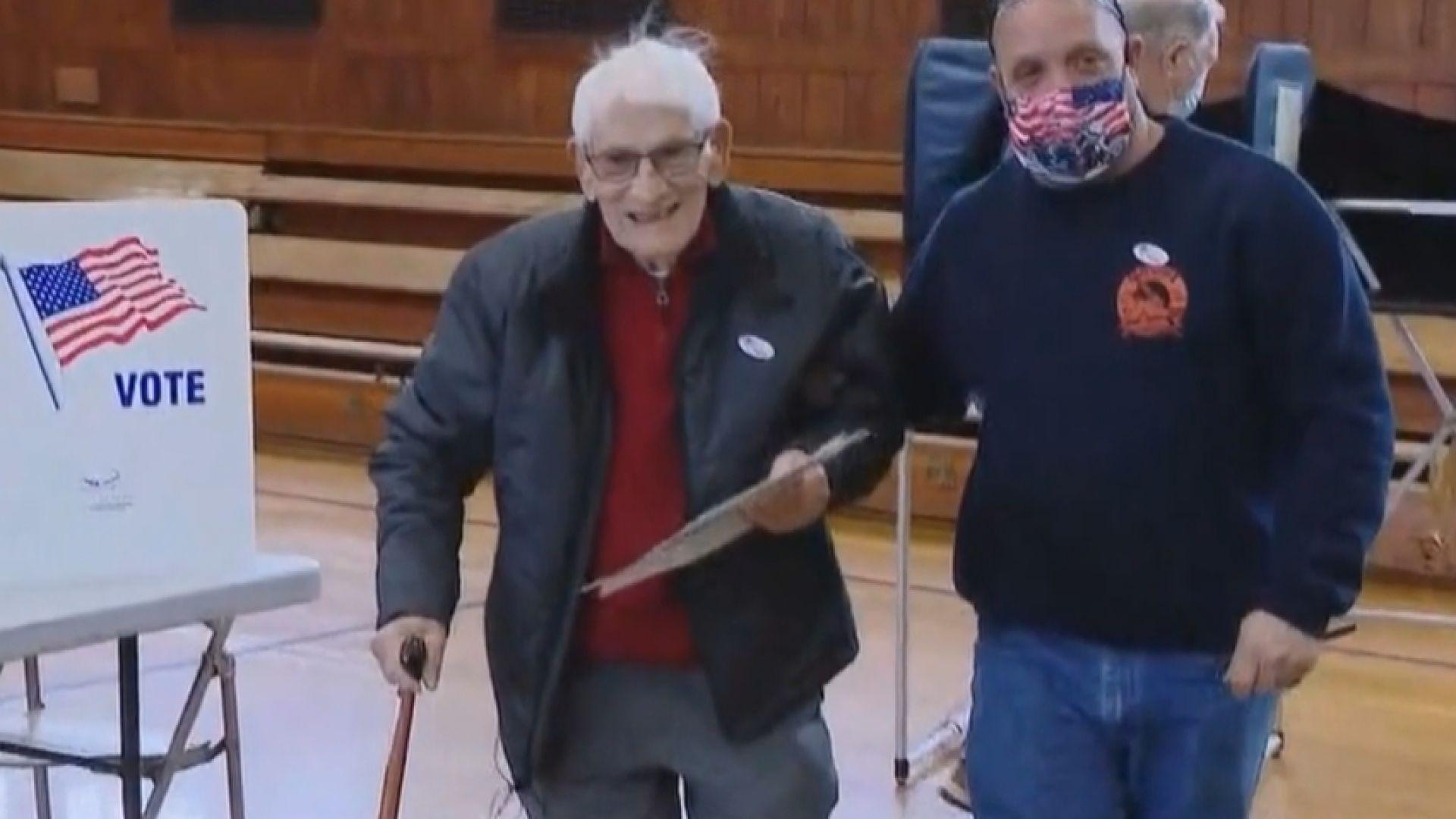 104-годишен американец гласува за президент за 21 път в живота си