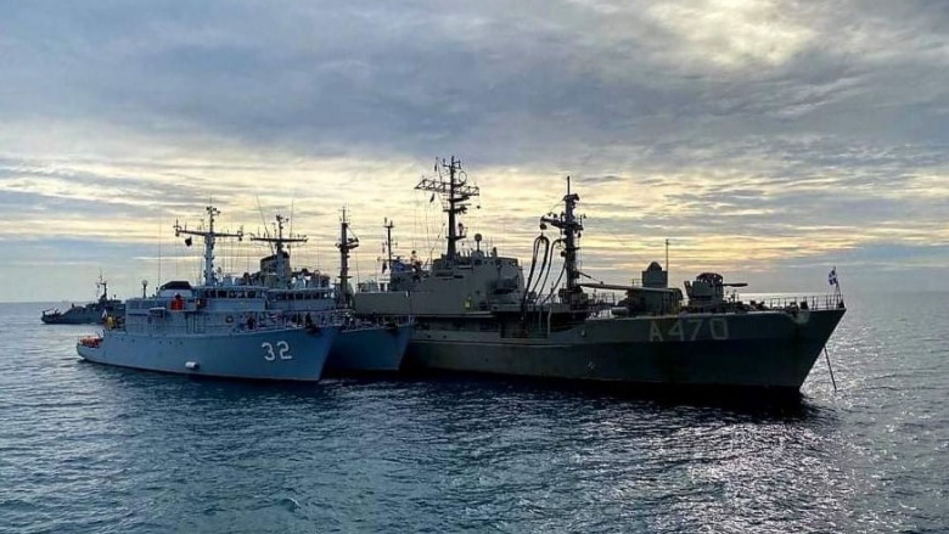 МО: България няма да участва в маневри на НАТО в Черно море заради COVID-19 на два кораба
