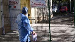 Спряха плановия прием в болниците в София, 65% от интензивните легла са заети