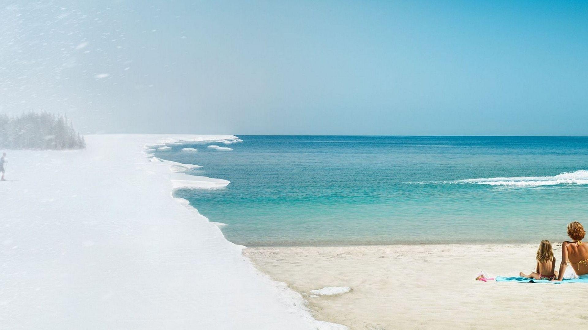 Плаж в Средиземноморска Турция, сняг в Източен Анадол