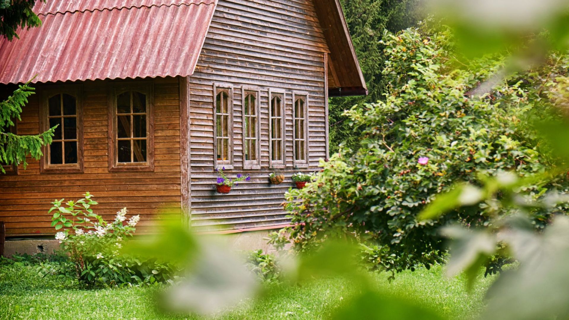 Мечтаният дом се премести – от града на село