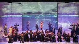 """Специалното издание на Старозагорската опера """"Зад кулисите"""" в """"Нощта на театрите"""""""