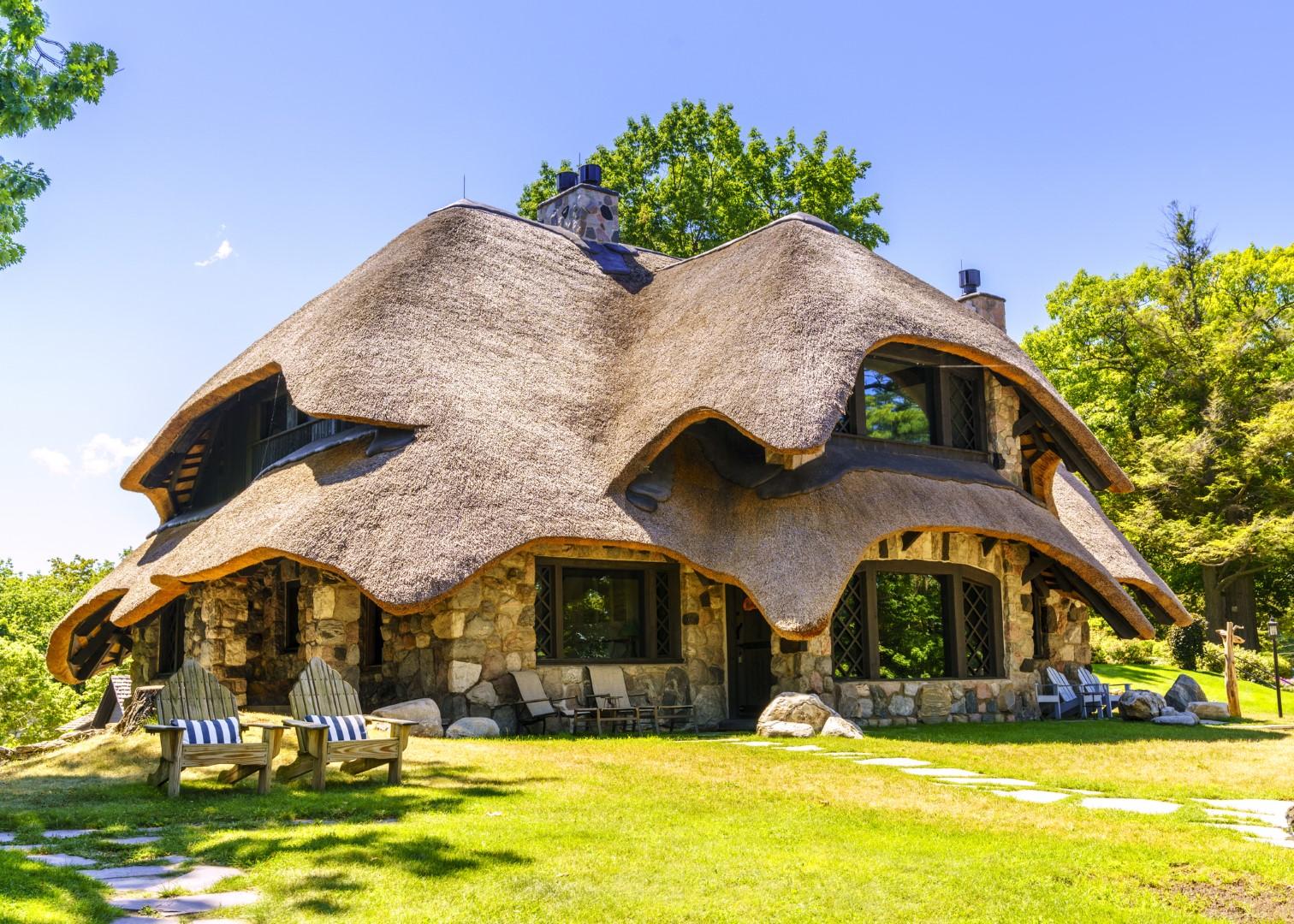 Курорт в САЩ предлага под наем хобитски къщи