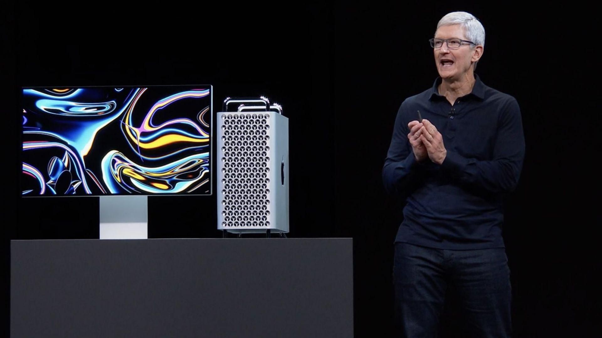 Apple представи първите си компютри Mac със собствен процесор (видео)
