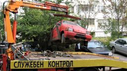 В Бургас освободиха 244 паркоместа от стари таратайки