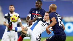 Следващият ни съперник загря за мача в София със сензационно 2:0 над световния шампион