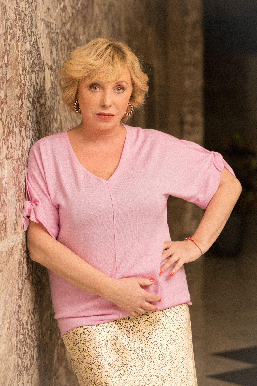 Краси блуза Marc Cain от Week&Shop MDL / Paradise Center пола и обици H&M