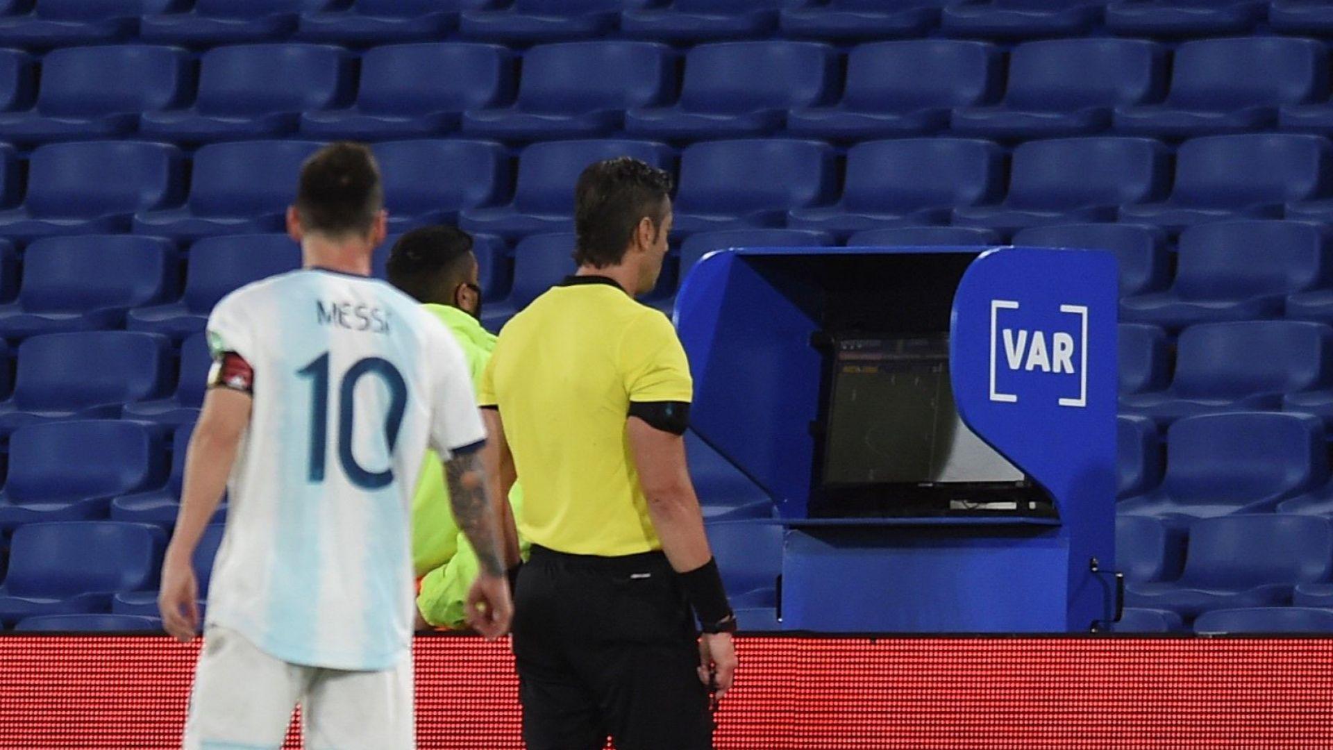 Аржентина побесня след скандална световна квалификация с тежка травма и отменен гол