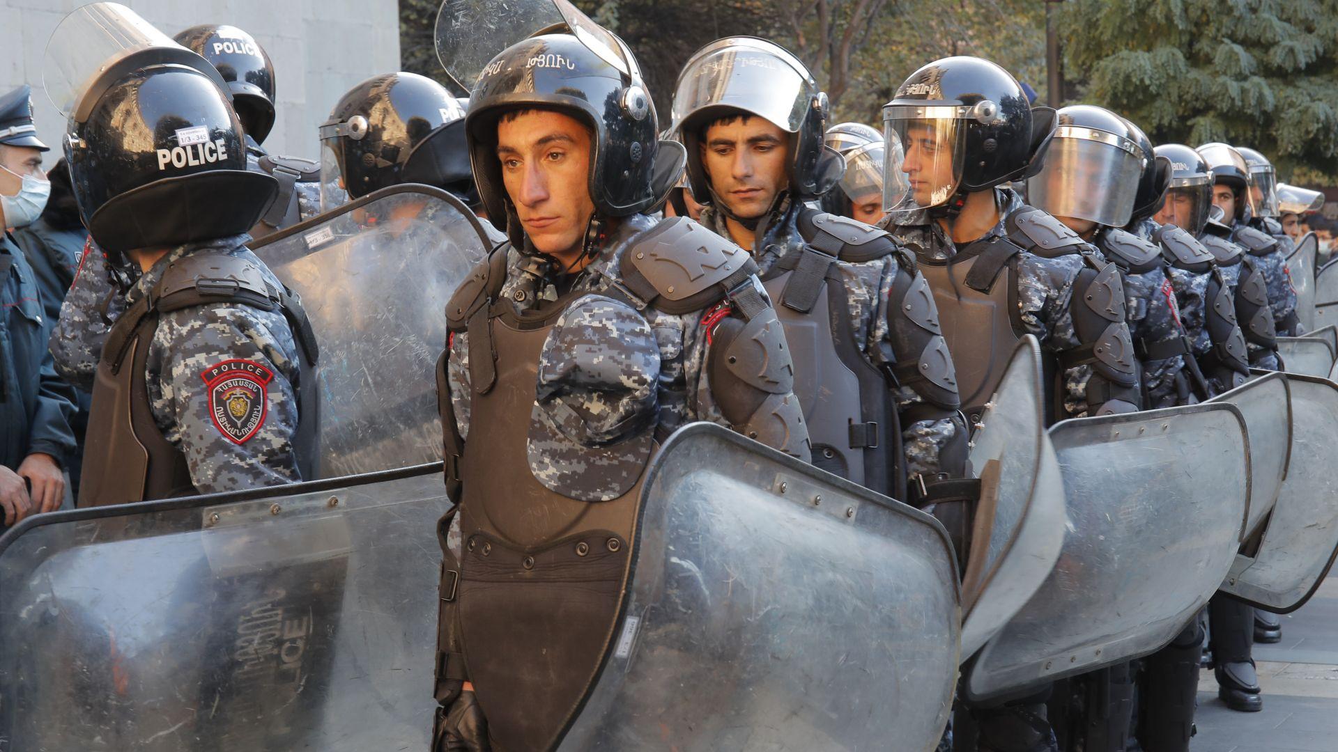 Предотвратен опит за преврат и убийство на премиера на Армения