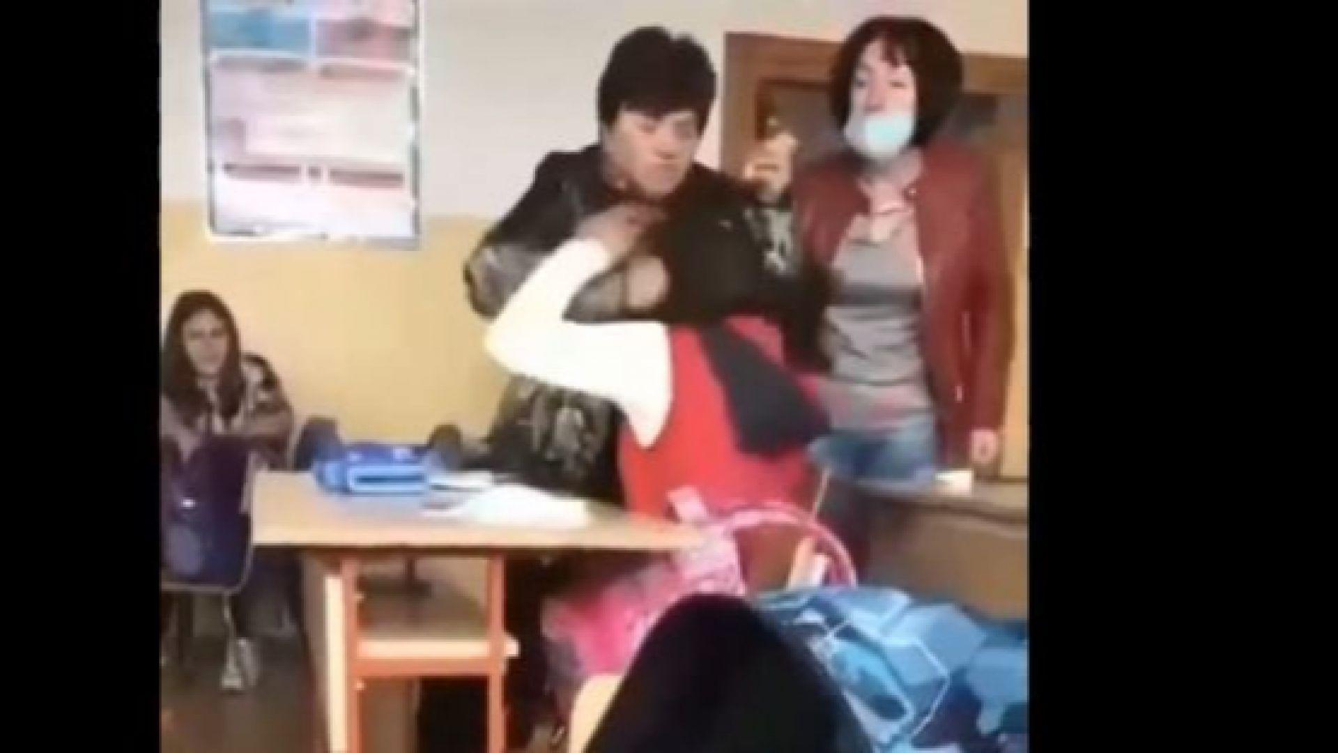 Обвинената учителка: Не бия момичето, а й разрошвам косата, за да предотвратя нещо по-сериозно