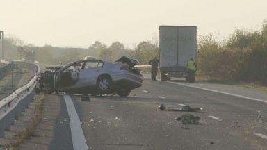 При тежка катастрофа между ТИР и лек автомобил, има загинал