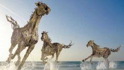 Скулпторът Джеймс Доран Уеб - владетелят на животните (ВИДЕО)