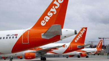 След 25 г. във въздуха EasyJet отчете първата си годишна загуба