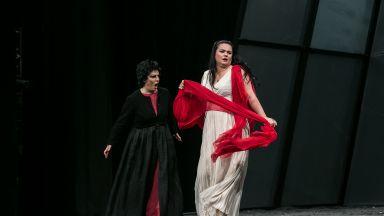 """Звездите от """"Електра"""" на Рихард Щраус в Софийската опера - за работата над героините си"""